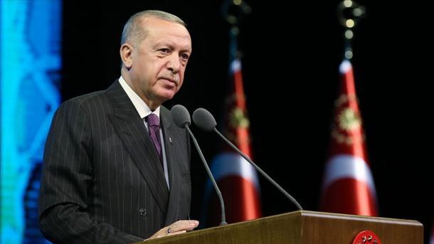 Presidenti Erdogan përkujton Izetbegoviçin në 17 vjetorin e vdekjes së tij | TRT  Shqip
