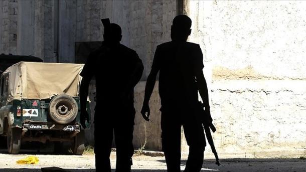 Siri – YPG/PKK-ja bastisi dhe ndaloi disa civilë në provincën Deyruzor | TRT  Shqip