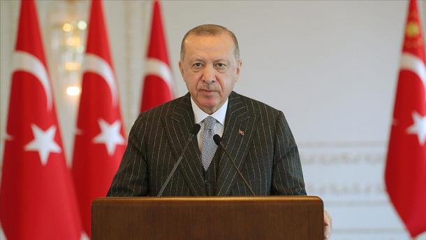 Mesazhi i urimit i Presidentit Erdogan për Fitër Bajramin | TRT  Shqip