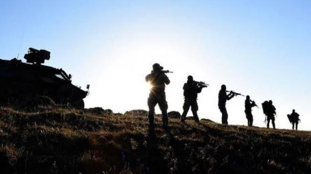 Komandot turke neutralizuan dy terroristë të PKK/YPG-së në Siri | TRT  Shqip