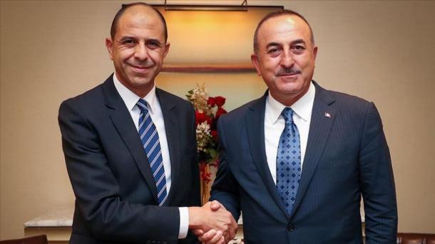 Takimi Çavusoglu-Ozersay, në fokus marrëdhëniet dypalëshe Turqi-RTQV | TRT  Shqip
