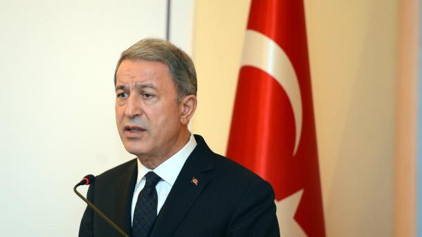 Ministar odbrane Turske Hulusi Akar putuje u SAD