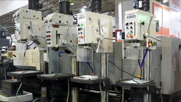 Sektori turk i makinerive shënoi rritje në eksporte   TRT  Shqip