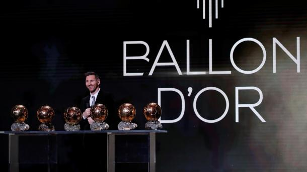 Lionel Messi with his six Ballon d'Or t.JPG