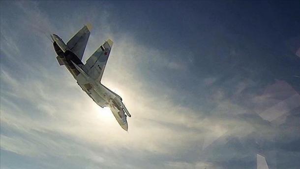 Rusia provokon një avion amerikan të zbulimit në Mesdheun Lindor | TRT  Shqip