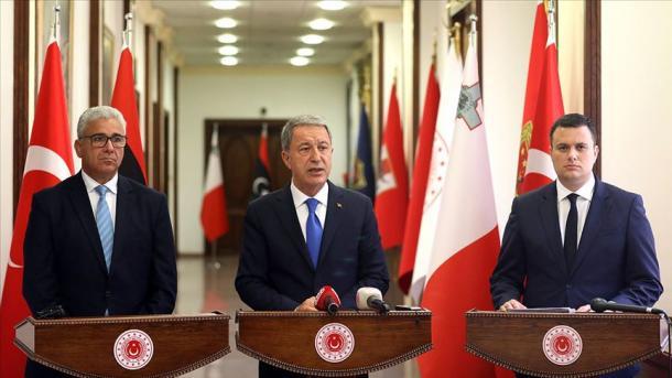 Akar: Mbështetja dhe ndihmat për puçistin Haftar duhet të ndalen sa më shpejt që të jetë e mundur | TRT  Shqip