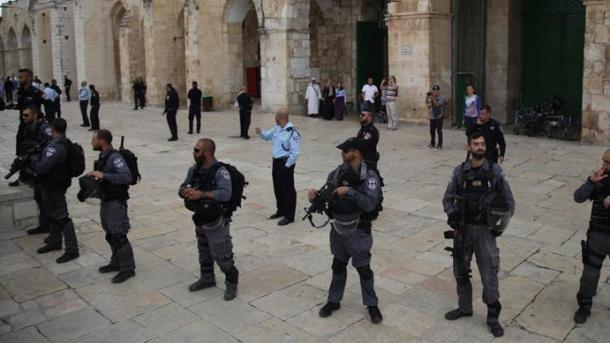 Izraelska policija blokirala sve ulaze u svetu džamiju Al-Aksu
