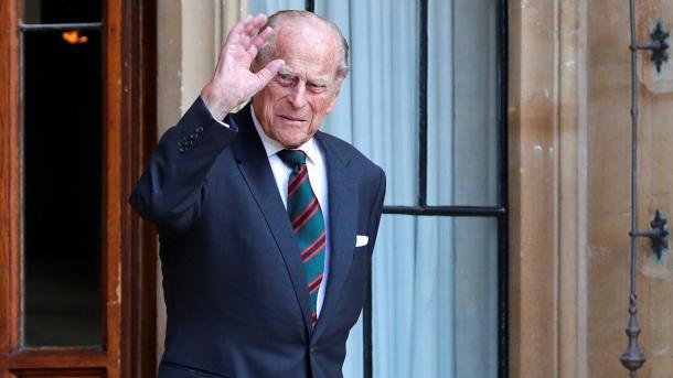 Mbretëri e Bashkuar – Ndahet nga jeta princi Filip, bashkëshort i Mbretëreshës Elizabetë II   TRT  Shqip