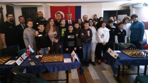 Tatarstan şaxmatçıları Törkiyädä | TRT  Tatarça