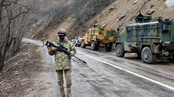Numri i terroristëve të PKK-së të vetëdorëzuar prej fillimit të vitit e deri më sot u rrit në 31 | TRT  Shqip