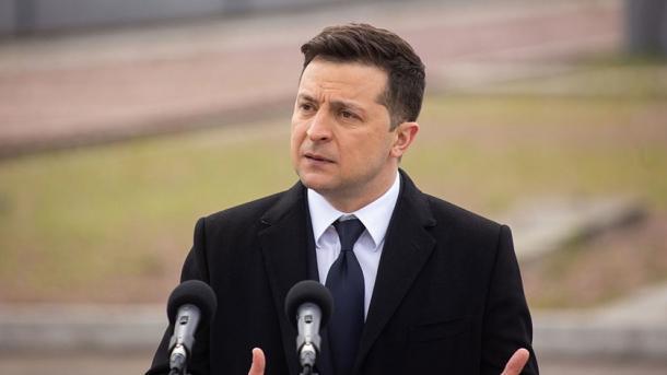 Zelenskiy: Rusia ka tërhequr vetëm 11 mijë nga 105 mijë trupa të saj të dislokuara në kufi | TRT  Shqip