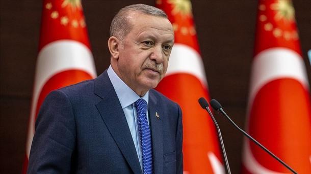Turqia dhe Britania nënshkruajnë marrëveshjen e Tregtisë së Lirë   TRT  Shqip