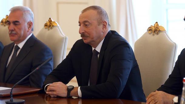 Erdogan: Synimi ynë është rritja e vëllimit tregtar në 15 miliardë dollarë me Azerbajxhanin | TRT  Shqip