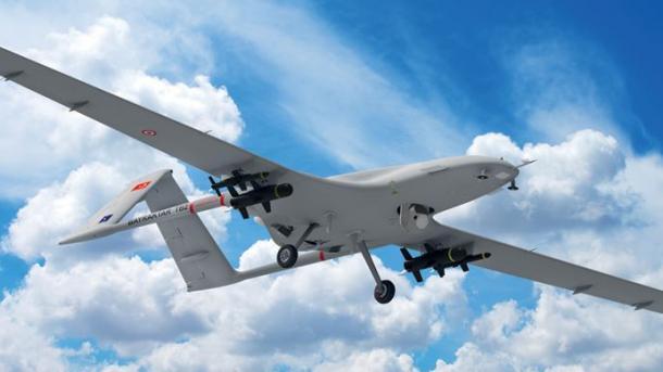 Britania merr shembull dronët e armatosur të Turqisë | TRT  Shqip