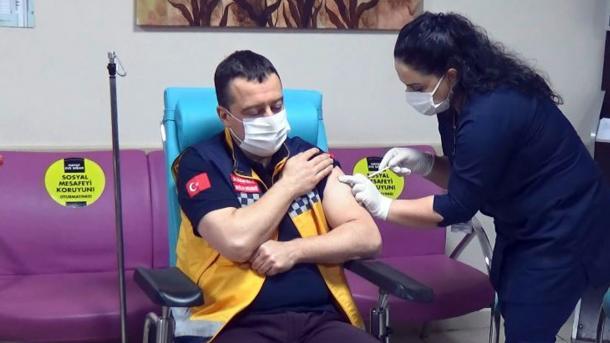 Turqia dhe Hungaria njohin certifikatat e vaksinimit antiCOVID të njëra-tjetrës | TRT  Shqip