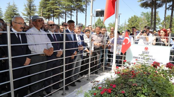 Simbol otpora turskog naroda : Mezar oficira Omera Halisdemira za godinu dana posjetilo milion ljudi