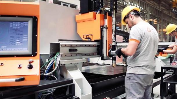 Turqi – Eksporti i makinerive arriti në 11,6 miliardë dollarë në 8 muaj | TRT  Shqip