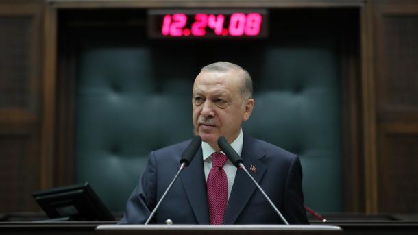 Erdogan: Organizatën terroriste FETO do ta ndjekim derisa të neutralizohet anëtari i saj i fundit | TRT  Shqip