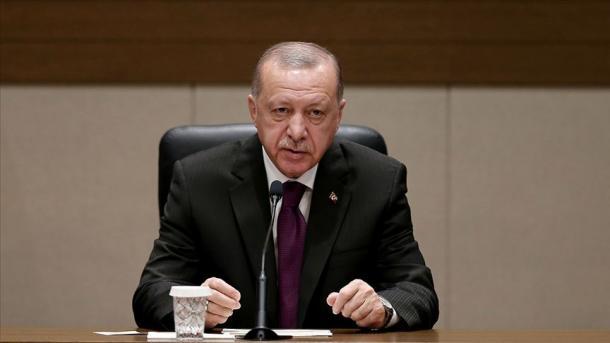 Presidenti Erdogan prononcohet para nisjes për në Algjeri | TRT  Shqip
