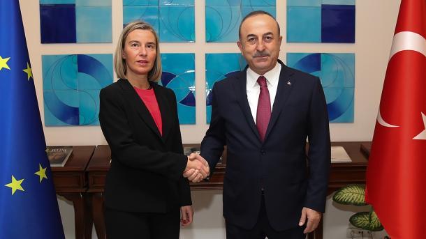 Çavusoglu-Mogherini, bisedë telefonike për sondimet në Mesdheun Lindor | TRT  Shqip