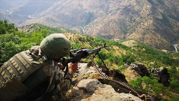 Ushtria turke neutralizon 6 terroristë të PKK-së në Sirnak dhe Agri   TRT  Shqip