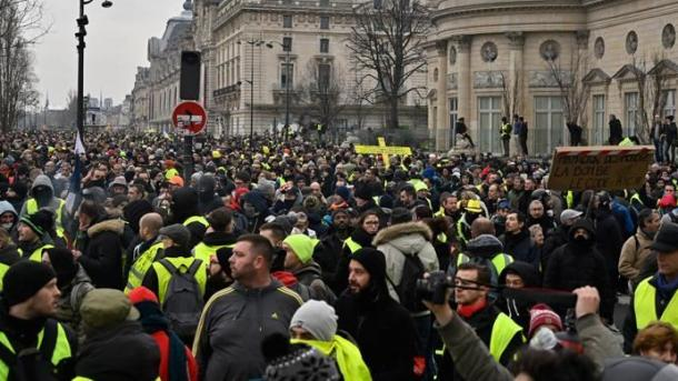 فرانس: ییلو جیکٹ مظاہرین دوبارہ سڑکوں پر