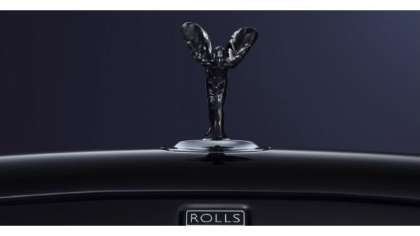 Rolls-Royce shkurton 9 mijë vende pune | TRT  Shqip