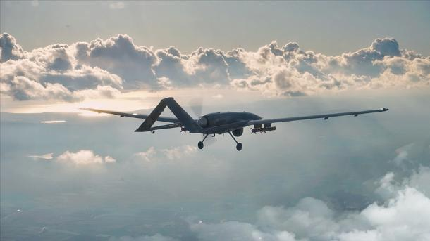 Turqia transferon përvojën e dronëve në mjetet autonome detare dhe tokësore | TRT  Shqip