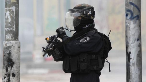 Izraeli ndërhyn ndaj demonstratave paqësore të palestinezëve   TRT  Shqip