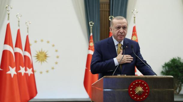 Erdogan: Do të forcojmë infrastrukturën kombëtare për aplikacionet e mesazheve | TRT  Shqip