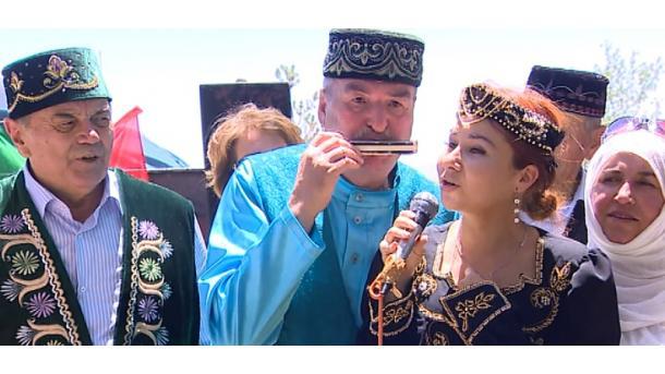 İskeşähärdä tatar awılında Sabantuy   TRT  Tatarça