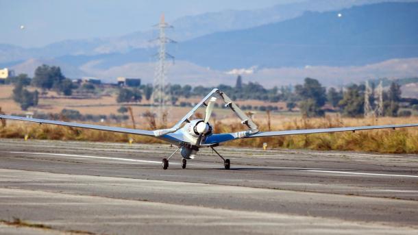 Mbërrin në Qipron turke droni i parë nga Turqia | TRT  Shqip