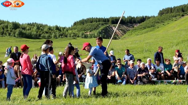 Tatarstan awıllarında Sabantuylar | TRT  Tatarça