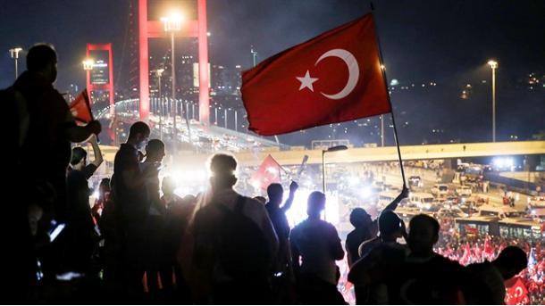 FETO: Rrjeti tradhtar global | TRT  Shqip
