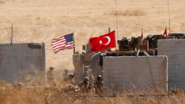 Ekipet ushtarake turke dhe amerikane kontrolluan kufirin sirian   TRT  Shqip