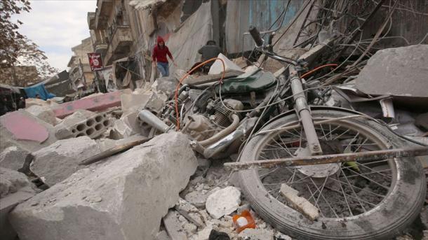 Siri – Në sulmet e avionëve luftarakë rusë humbin jetën 26 civilë | TRT  Shqip