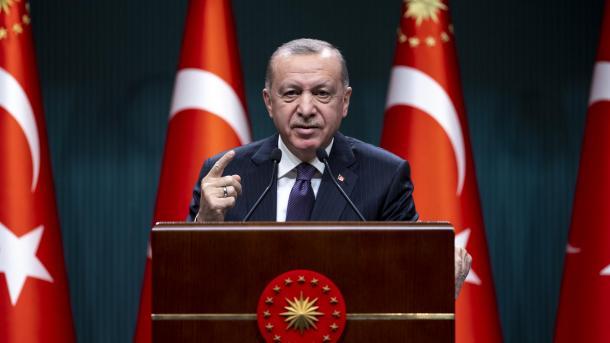Erdogan për Biden: Duke miratuar shitjen e armëve, ju shkruani histori me duart tuaja të përgjakura   TRT  Shqip