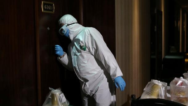 Pandemia COVID-19 vazhdon të marrë jetët e njerëzve në botë | TRT  Shqip