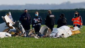France: 4 morts dans le crash d'un avion à Paris