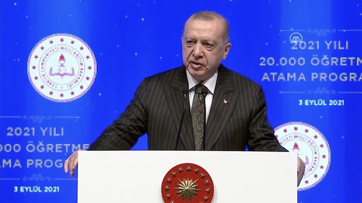 Erdogan: Odlučni smo da škole držimo otvorenim i da učenicima damo najbolje obrazovanje
