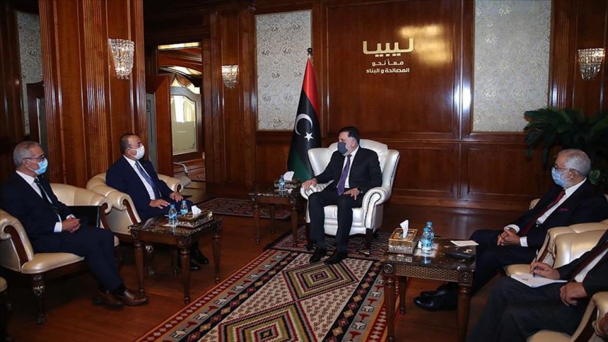 Čavušoglu se u Tripoliju sastao s libijskim premijerom Sarrajom