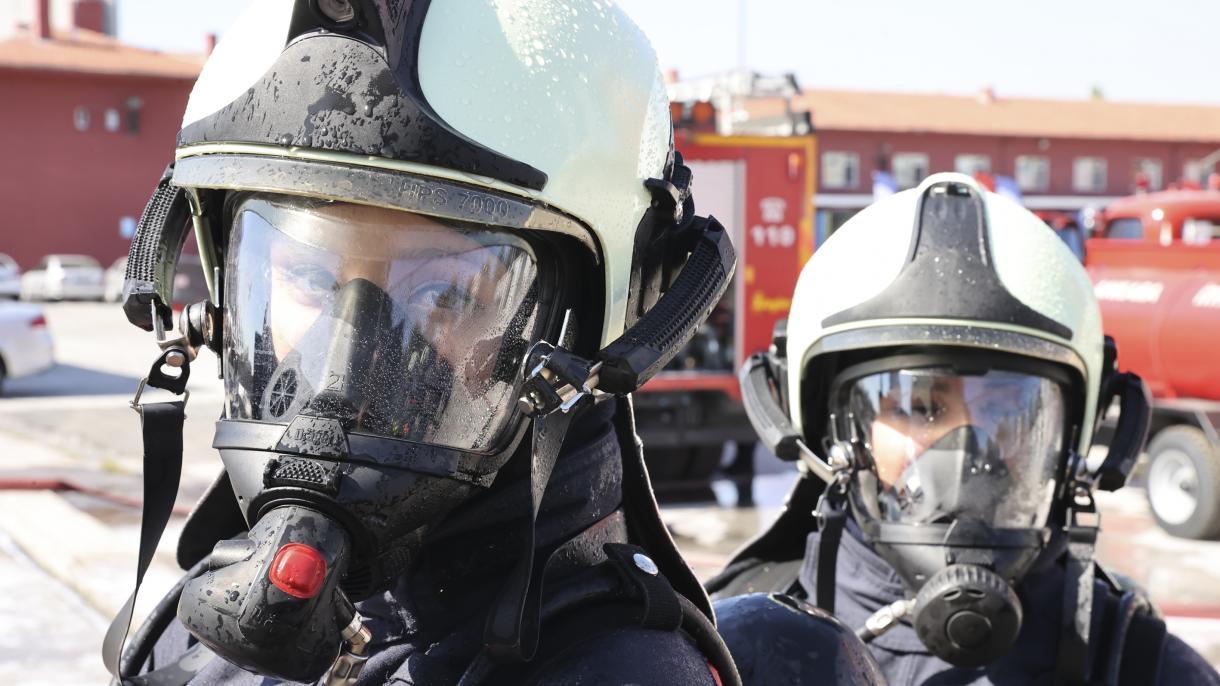 Turska: Hrabre žene vatrogasci svakodnevno riskiraju svoje živote