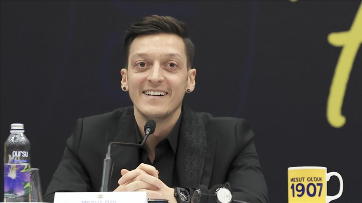 Mesut Ozil donirao 100.000 eura Crvenom polumjesecu