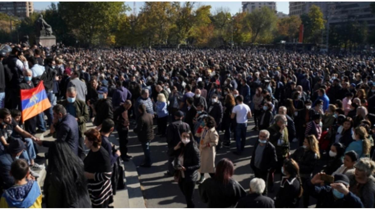 アルメニア】 アゼルバイジャンと交わされた合意に関するデモが続く