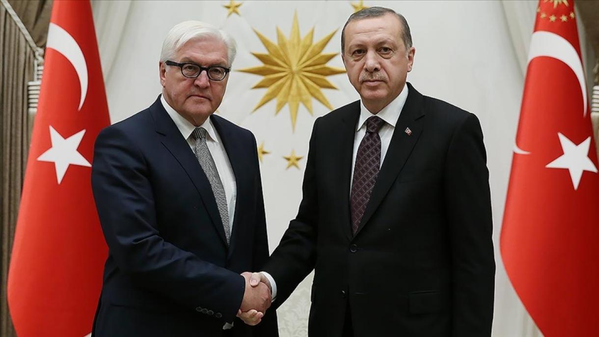 Turski predsjednik Erdogan telefonom razgovarao s njemačkim kolegom Steinmeierom