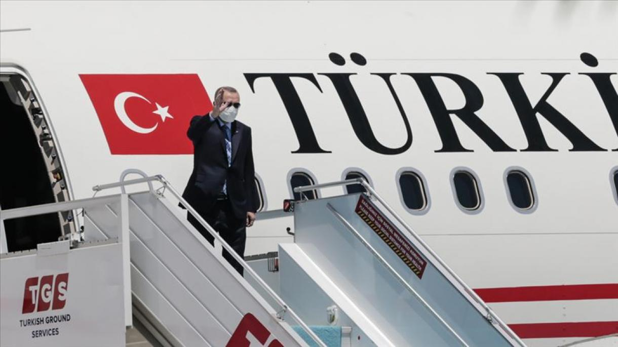 Erdogan otputovao u posjetu Kuvajtu i Kataru