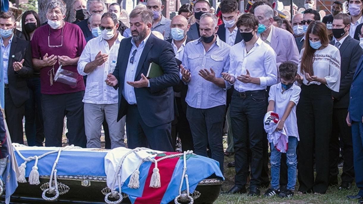 Bivši predsjednik Argentine Carlos Saul Menem sahranjen na muslimanskom groblju