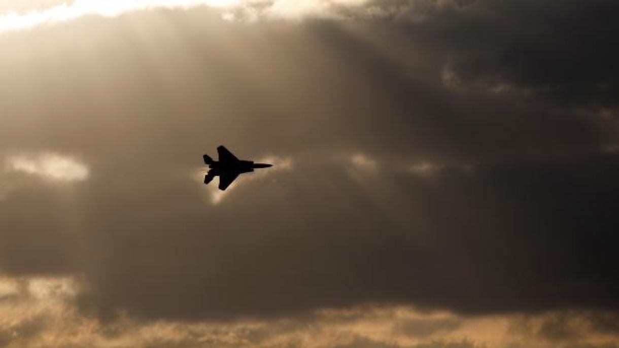 Izraelska vojska pokrenula iznenadnu zračnu vježbu i izvela niz raketnih napada na Damask