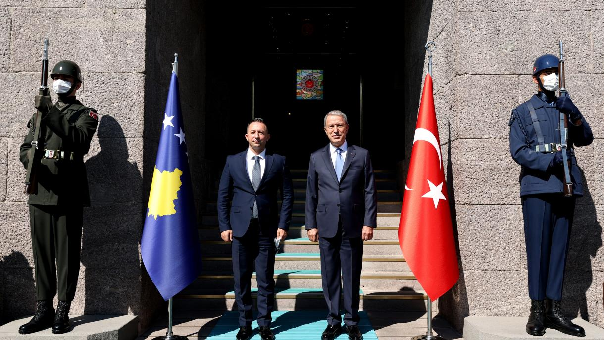 Ministri odbrane Turske i Kosova razgovarali o važnosti saradnje