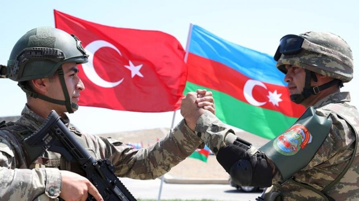 Türkiýeli we Azerbaýjanly esgerlere statiki böküş tälimi berildi   Zemin  täzelikler